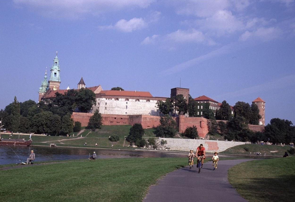 Wawel castle and Vistula river in Krakow